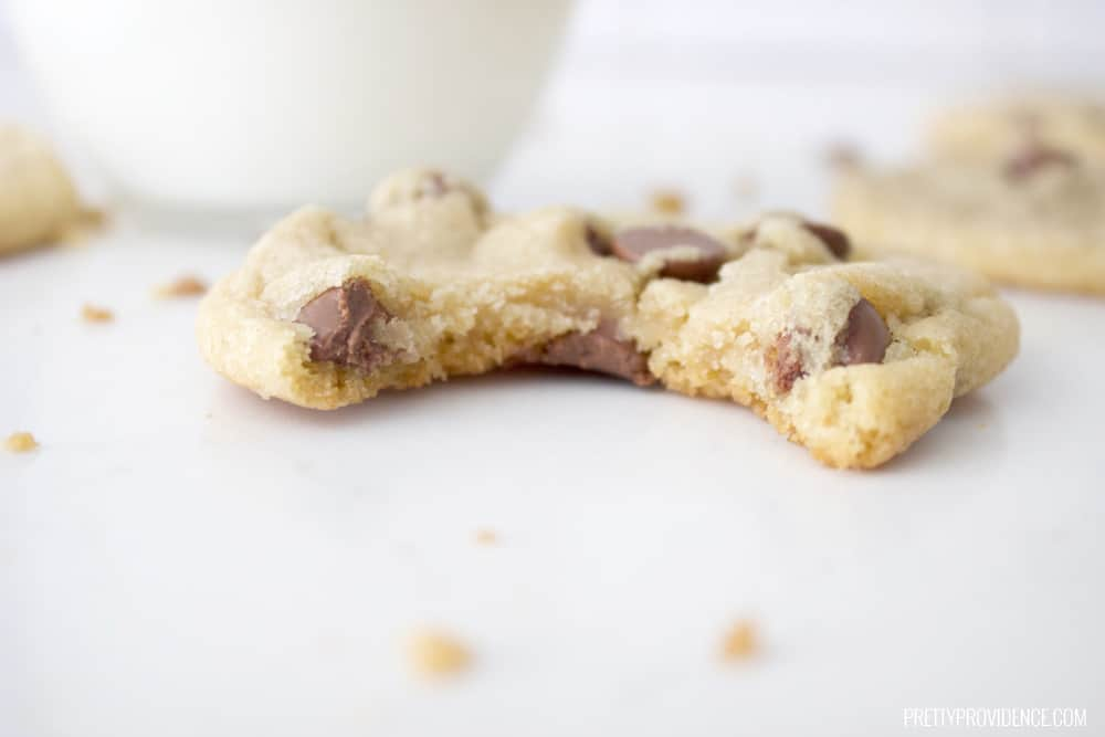 Ingredients: 1 cup butter flavored shortening 3/4 cup white sugar 3/4 cup brown sugar 2 eggs 2 teaspoons Mexican vanilla extract 2 1/4 cups all-purpose flour 1 teaspoon baking soda 1 teaspoon salt 2 cups milk chocolate chips Directions: Preheat oven to 350 degrees F (175 degrees C). Grease cookie sheets. In a large bowl, cream together the butter flavored shortening, brown sugar and white sugar until light and fluffy. Add the eggs one at a time, beating well with each addition, then stir in the vanilla .Combine the flour, baking soda and salt; gradually stir into the creamed mixture. Finally, fold in the chocolate chips. Drop by rounded spoonfuls onto the prepared cookie sheets. Bake for 8 to 10 minutes in the preheated oven, until light brown. Allow cookies to cool on baking sheet for 5 minutes before removing to a wire rack to cool completely.