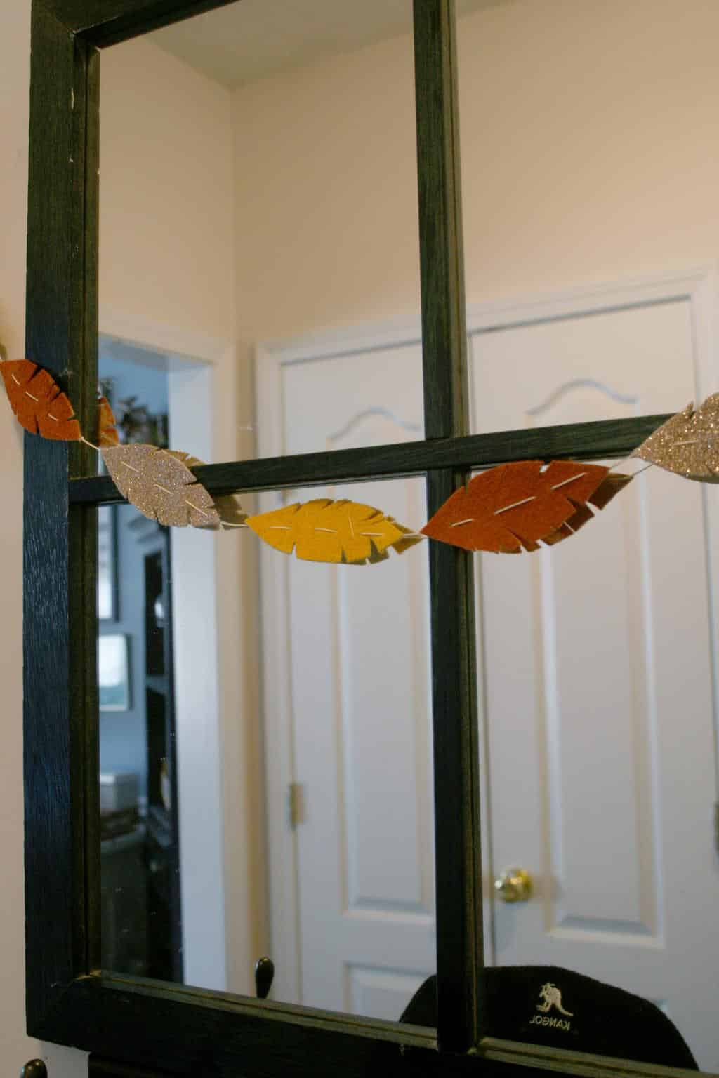 DIY fall garland with felt feathers