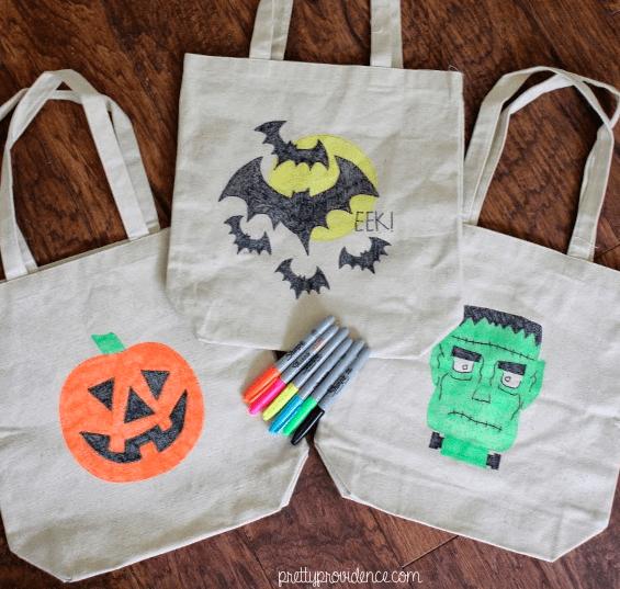 Halloween DIY: Trick or Treat Tote Bags