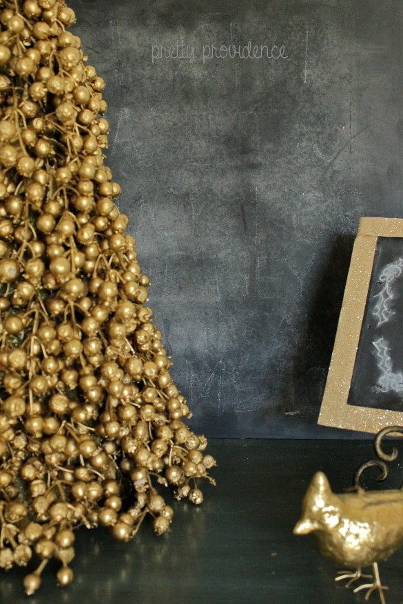 Spray paint old Christmas decorations to match your current taste & style!