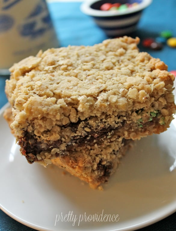 Oatmeal Fudge M&M Bars - Everyone will devour these at your next party! So good!
