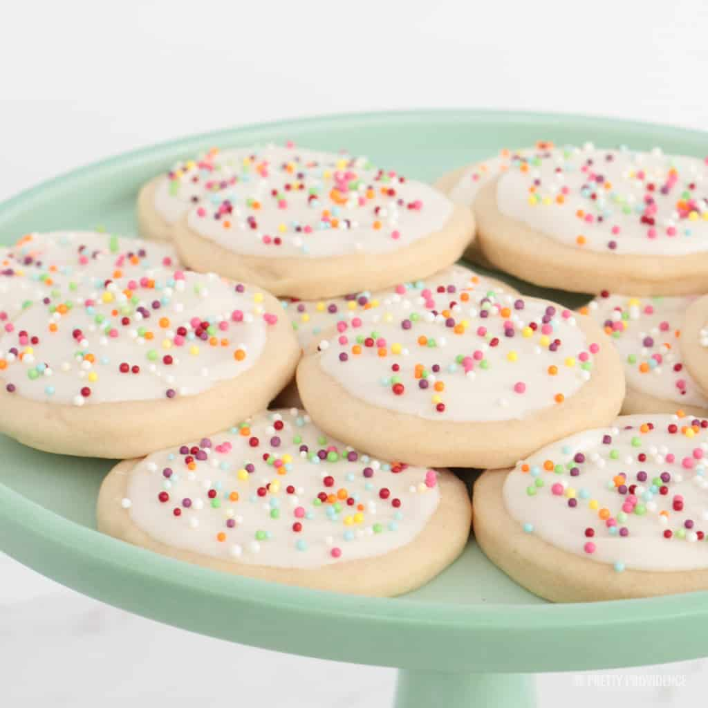 The perfect {traditional} sugar cookies!
