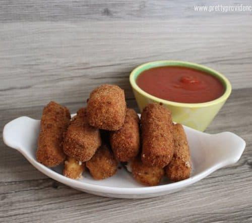Easy Homemade Mozzarella Sticks
