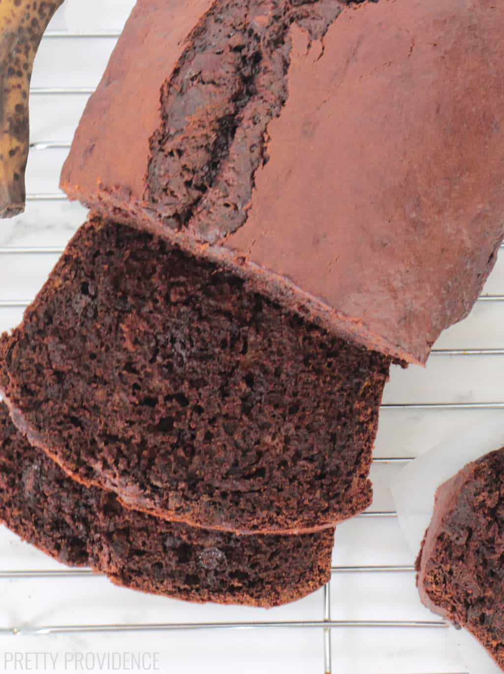 Absolutely amazingly easy chocolate banana bread!