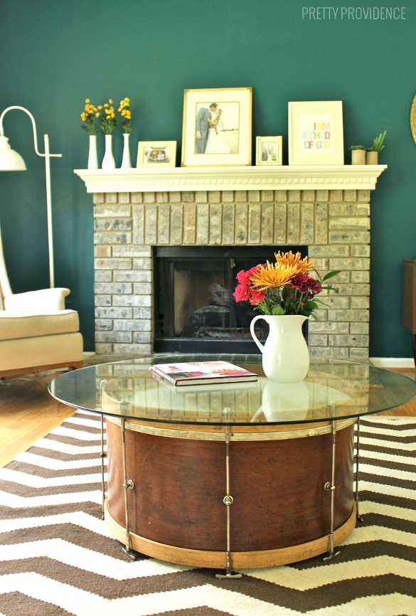 Good Repurpose a vintage drum into a coffee table