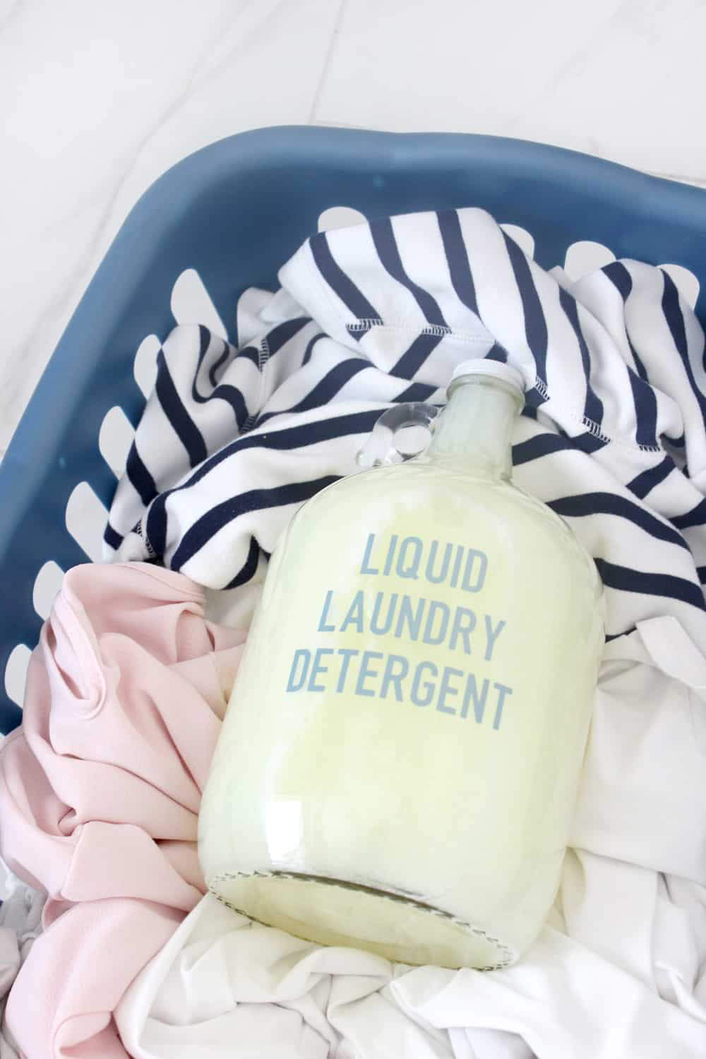 Easy DIY liquid laundry detergent! I love this stuff, and it will save you