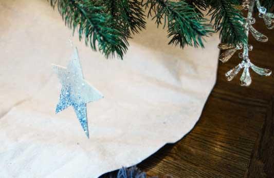 DIY Glittered Drop Cloth Tree Skirt