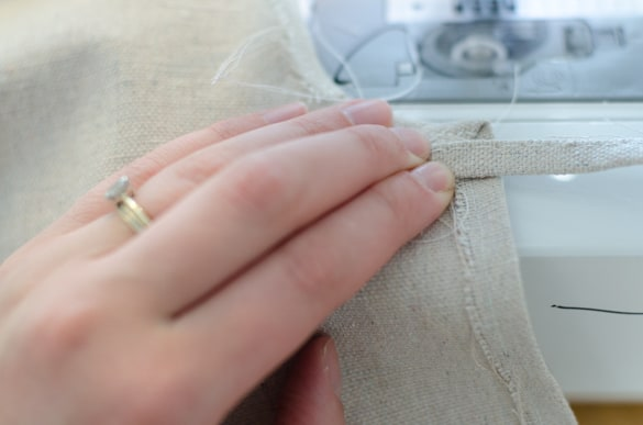 DIY Simple Glitter Drop Cloth Tree Skirt