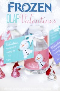 """worth melting for"" printable water bottle label on mini water surrounded by chocolate kisses"