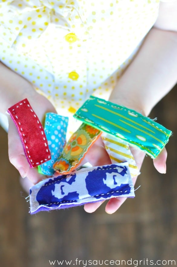 Cute DIY Fabric Hair Clips from FrySauceandGrits.com