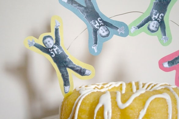 Easy DIY Cake Topper! Anyone can do this simple cake decorating craft!