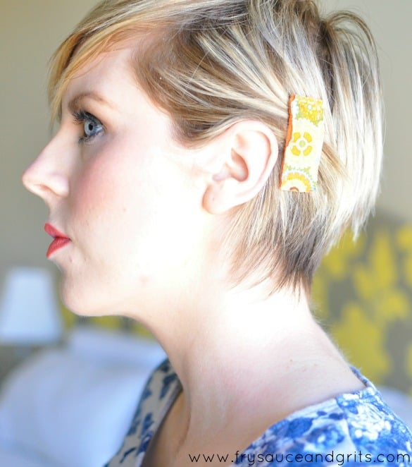 Stylish DIY Fabric Hair Clips Tutorial from FrySauceandGrits.com