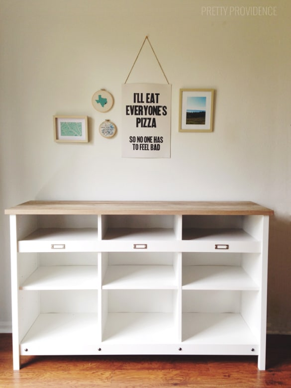 Tips for styling shelves on a budget!
