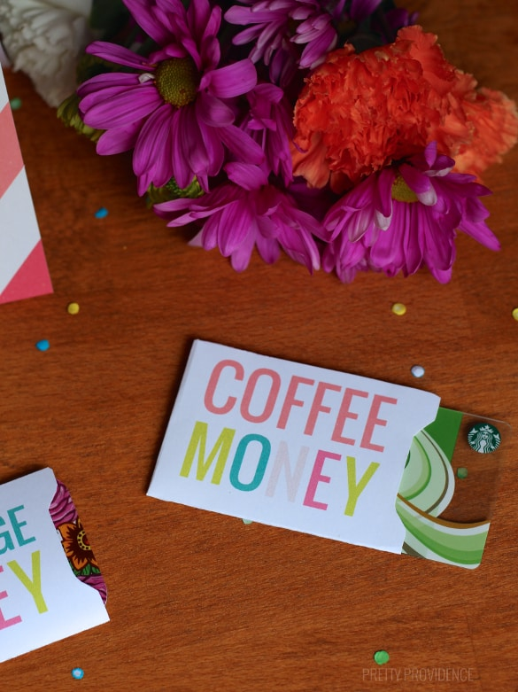 Free printable gift card sleeve for starbucks gift card or any coffee place! Perfect friend gift!!!