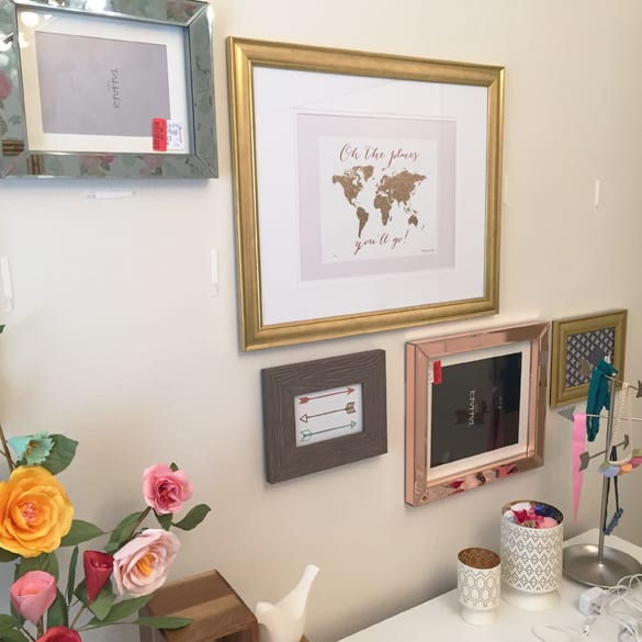 To Hang Pictures Without Nails Part - 22: Okay Seriously This Is The Most Brilliantly Amazing Home Decor Tips I Have  Ever Seen!