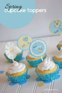 Fancy up your favorite cupcakes with these adorable Spring printable cupcake toppers! {Fun gift idea for neighbors, teachers, and friends.}
