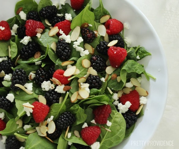 Simple, delicious berry spinach salad!