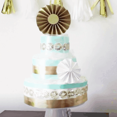 Classy Diaper Cake Tutorial