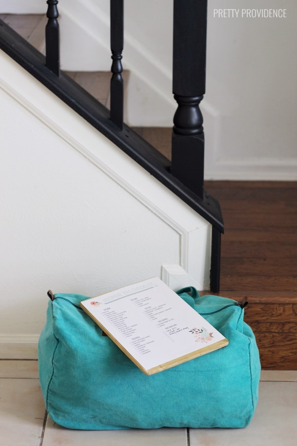 Get your hospital bag ready by third trimester! This free printable checklist is SO helpful!