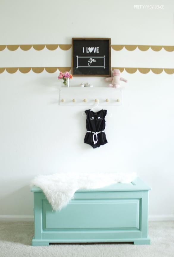 Sniglar Crib Painted