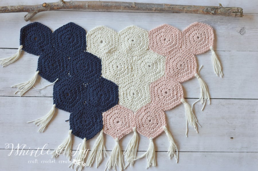Crochet Hexagon Wall Hanging - Make this fabulous boho wall hanging with this tutorial.