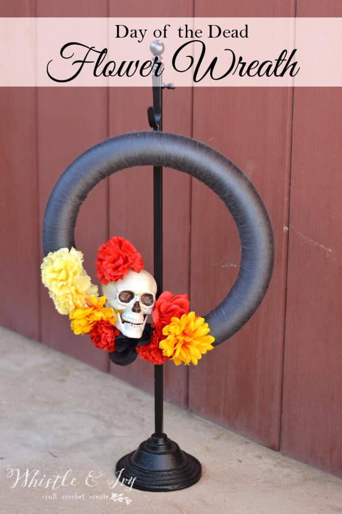 Day of the Dead Flower Wreath - Make this fun and simple wreath the celebrate Dia de los Muertos