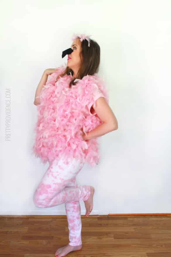 DIY Flamingo Costume - easy and fast DIY halloween costume!