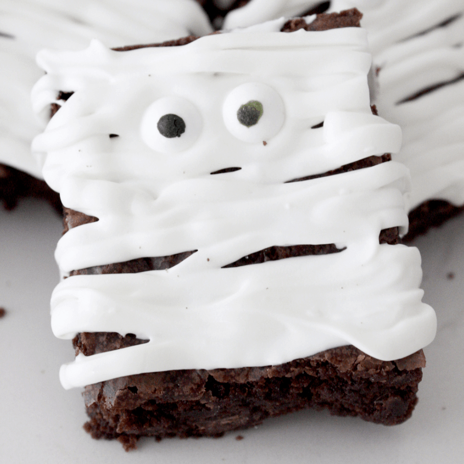 Mummy Brownies for Halloween