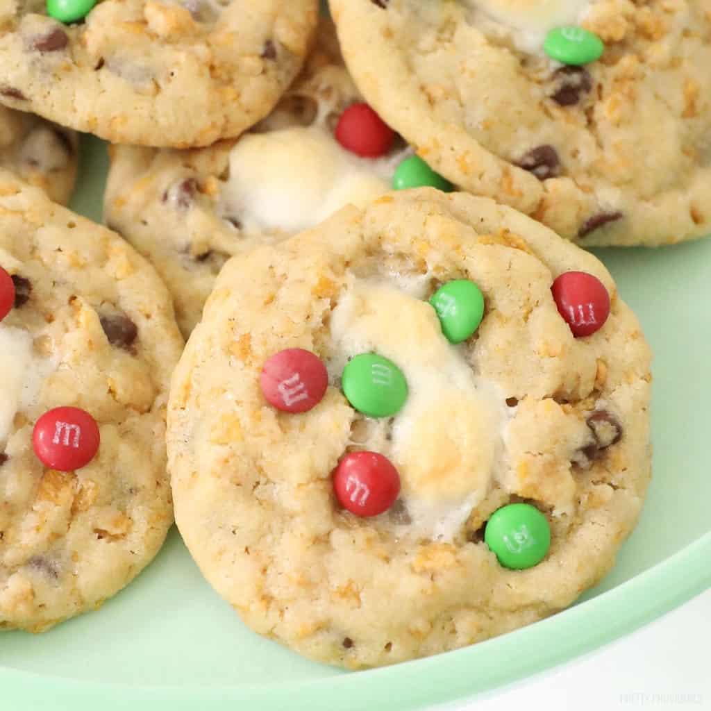 christmas-momofuku-cookies-above