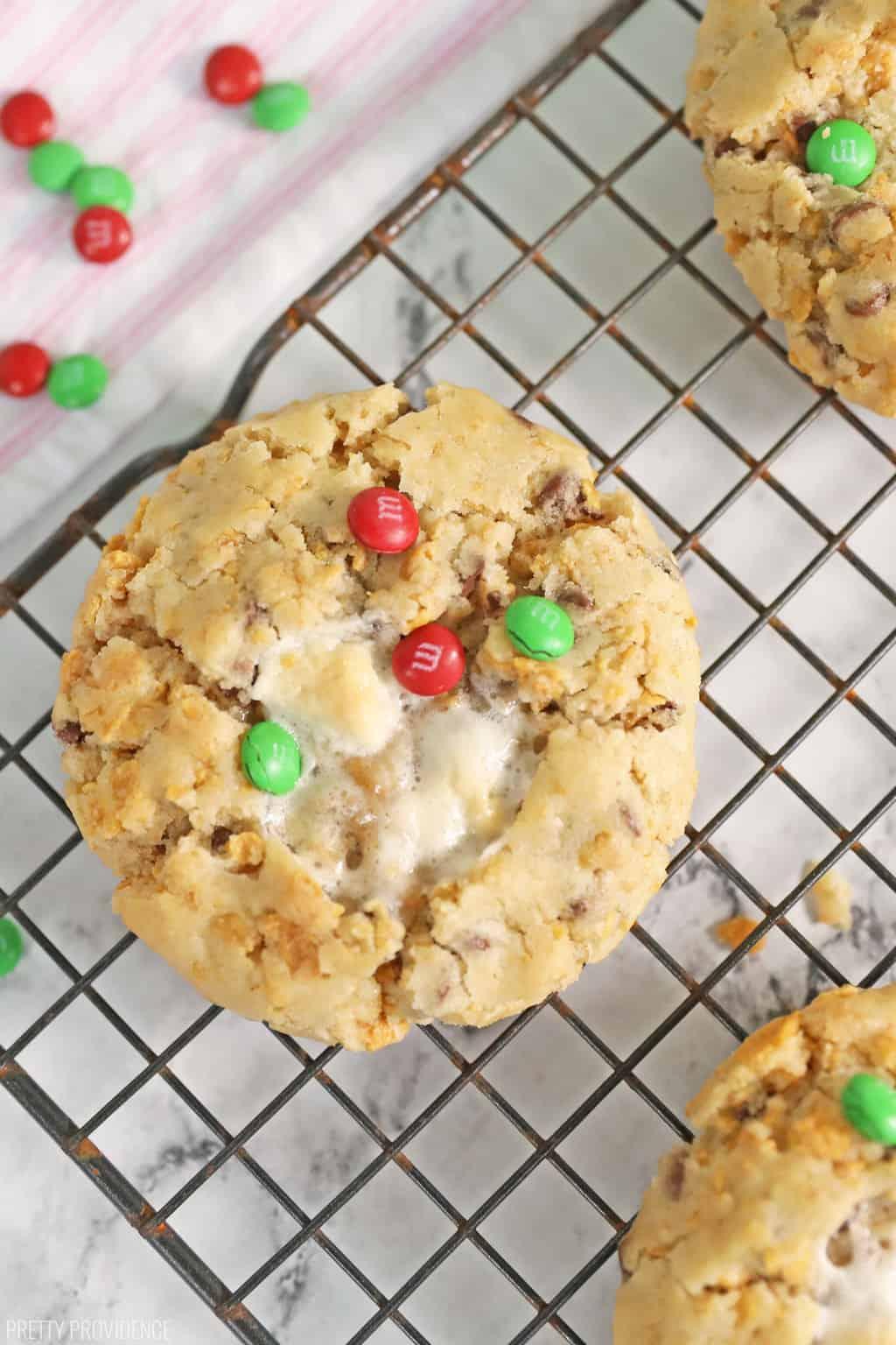 cornflake-marshmallow-cookies-momofuku