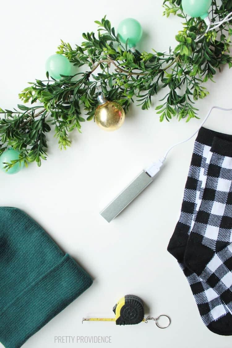stocking-stuffers-guys-2