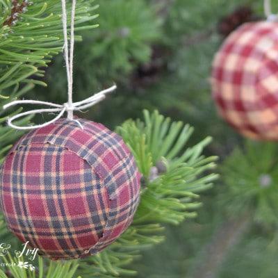 Plaid Ball Ornaments