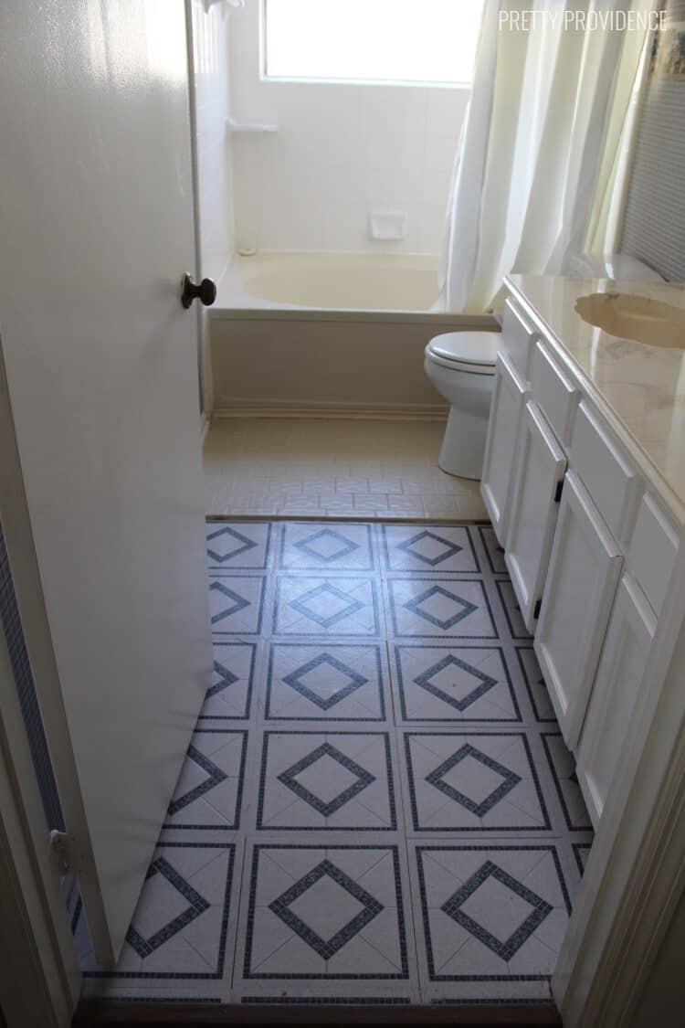 master-bathroom-before-1-pp