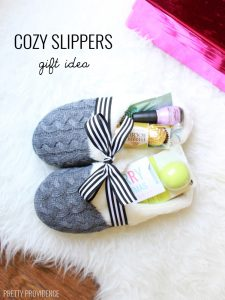 slippers-gift-title