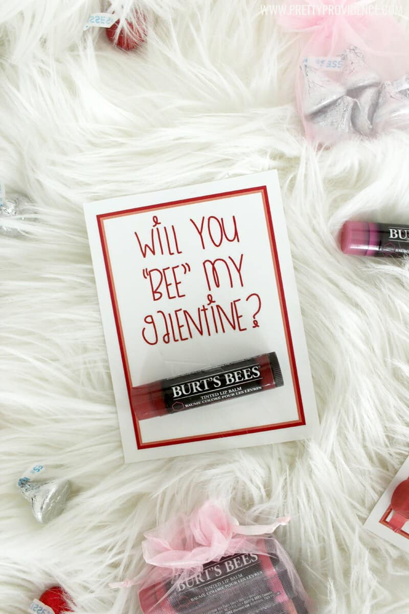 How fun are these free printable Burt's Bees Valentines? So fun for giving a gift to your friends and loved ones that they will actually use!