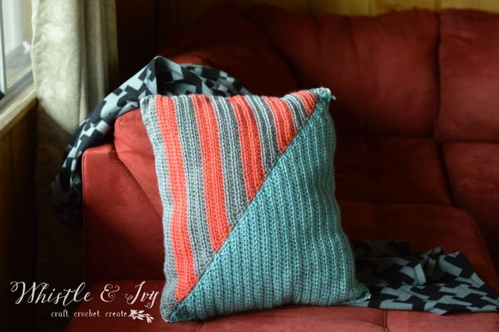 Free Crochet Pattern - Geo Stripe Pillow | Whistle and Ivy