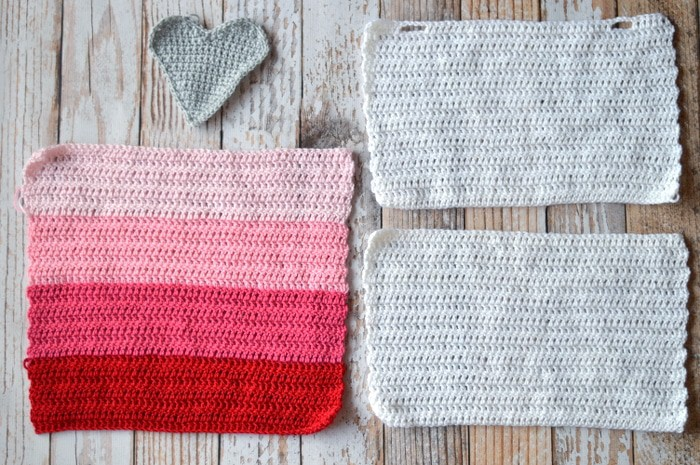 Free Crochet Pattern - Ombre Heart Stitch Pillow | Get the pattern for this pretty ombre Valentine's Day pillow slip cover. The perfect pop of Valentine decor.