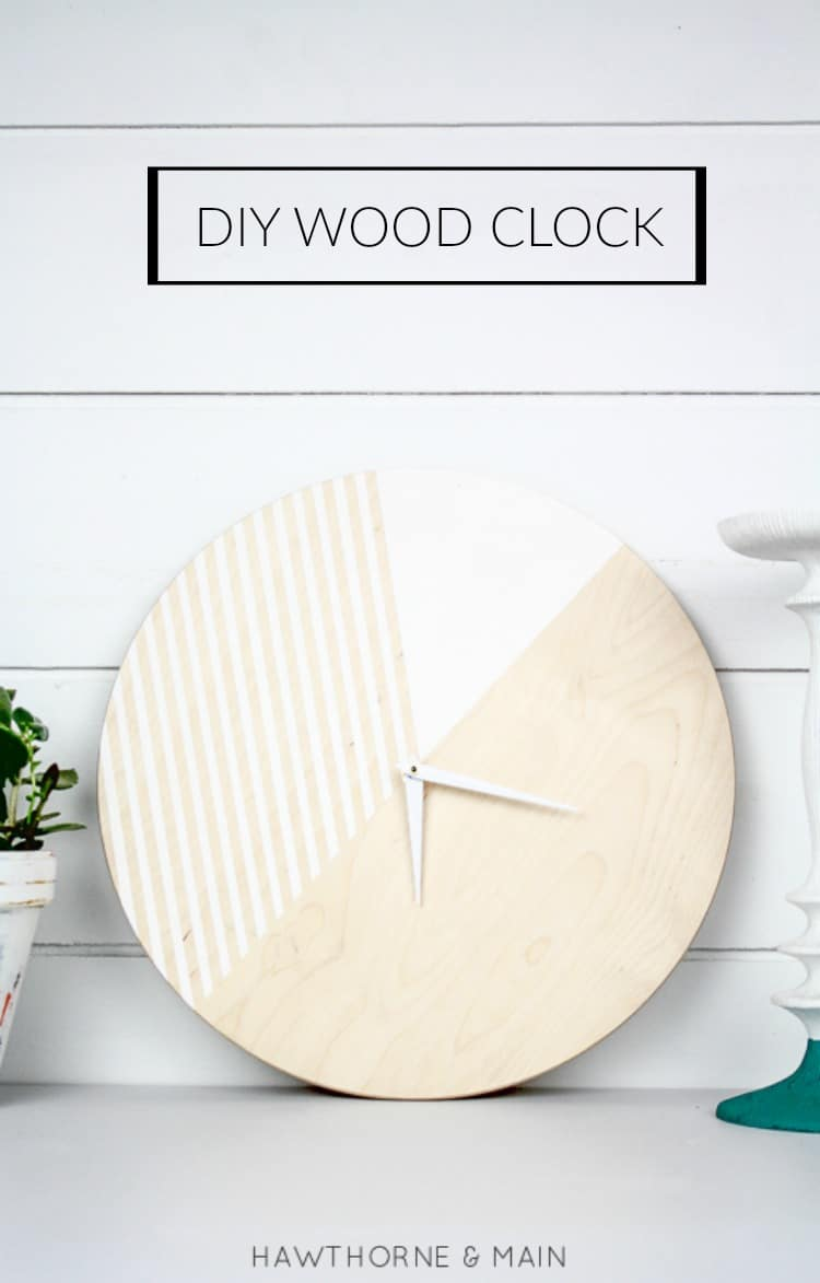 Love this DIY wood clock. There are so many different ways to paint it. I have a place in my house that needs a new clock! Pinning!