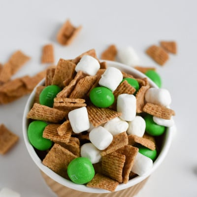 St.-Patricks-Day-Trail-Mix
