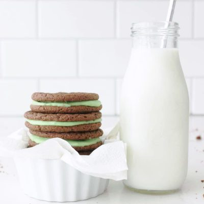Delicious homemade mint oreos!