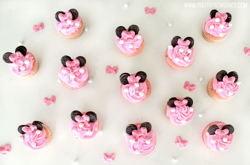 Cute Minnie Mouse Cupcakes with My Minnie Me