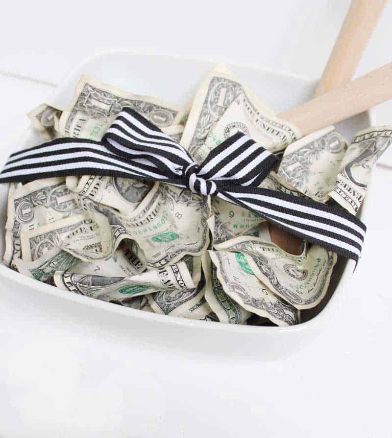 Salad Bowl + Dollar Bills = Cutest wedding gift EVER!