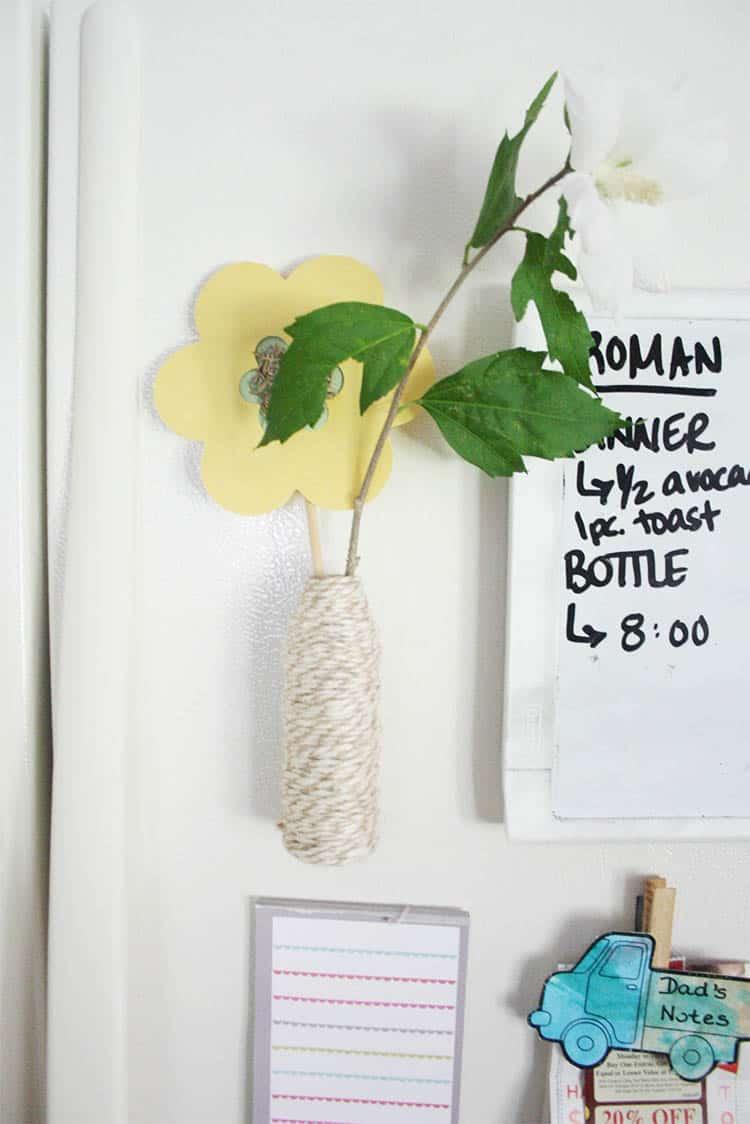 DIY Magnetic Bud Vase