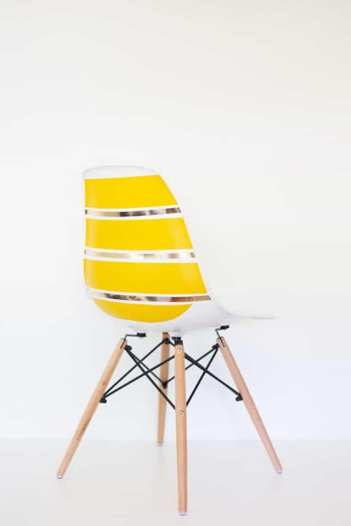 diy-striped-midcentury-shell-chair1-800x1200