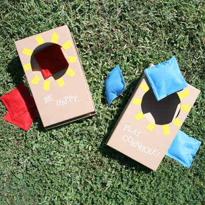 DIY Mini Cornhole