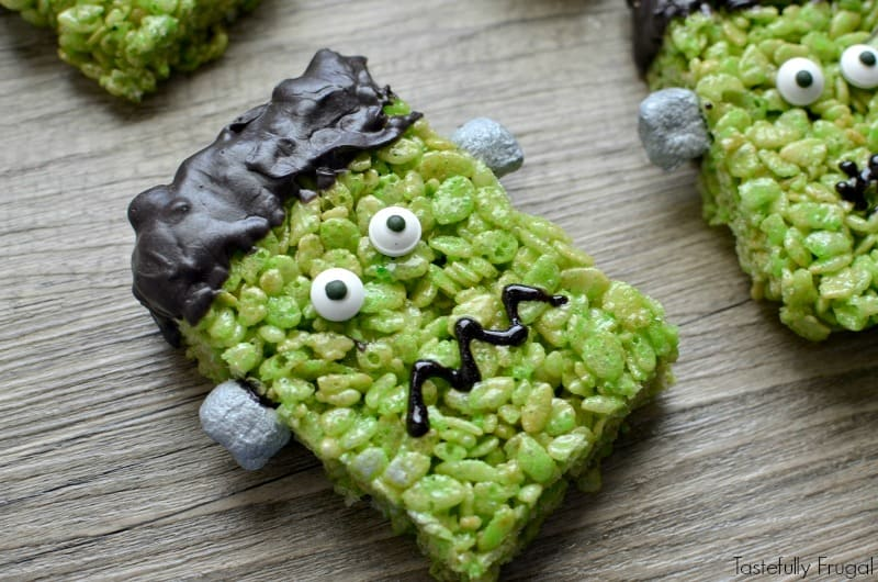 frankenstein rice krispie treats a quick and easy halloween treat perfect for play groups
