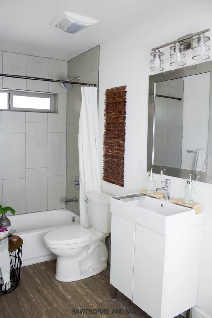 the-suite-pecan-bathroom-update-wtih-moen-bath-fixtues_-23