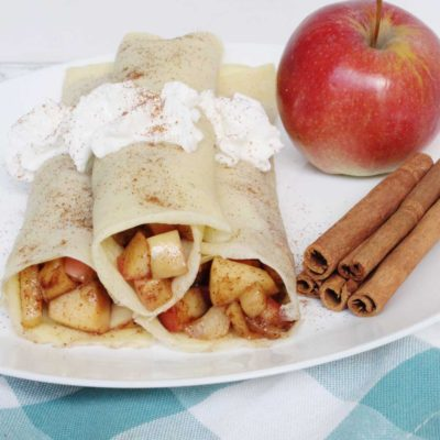 Apple Cinnamon Crepes!!! YUM. This is basically apple pie in crepe form and my whole family LOVES it!!