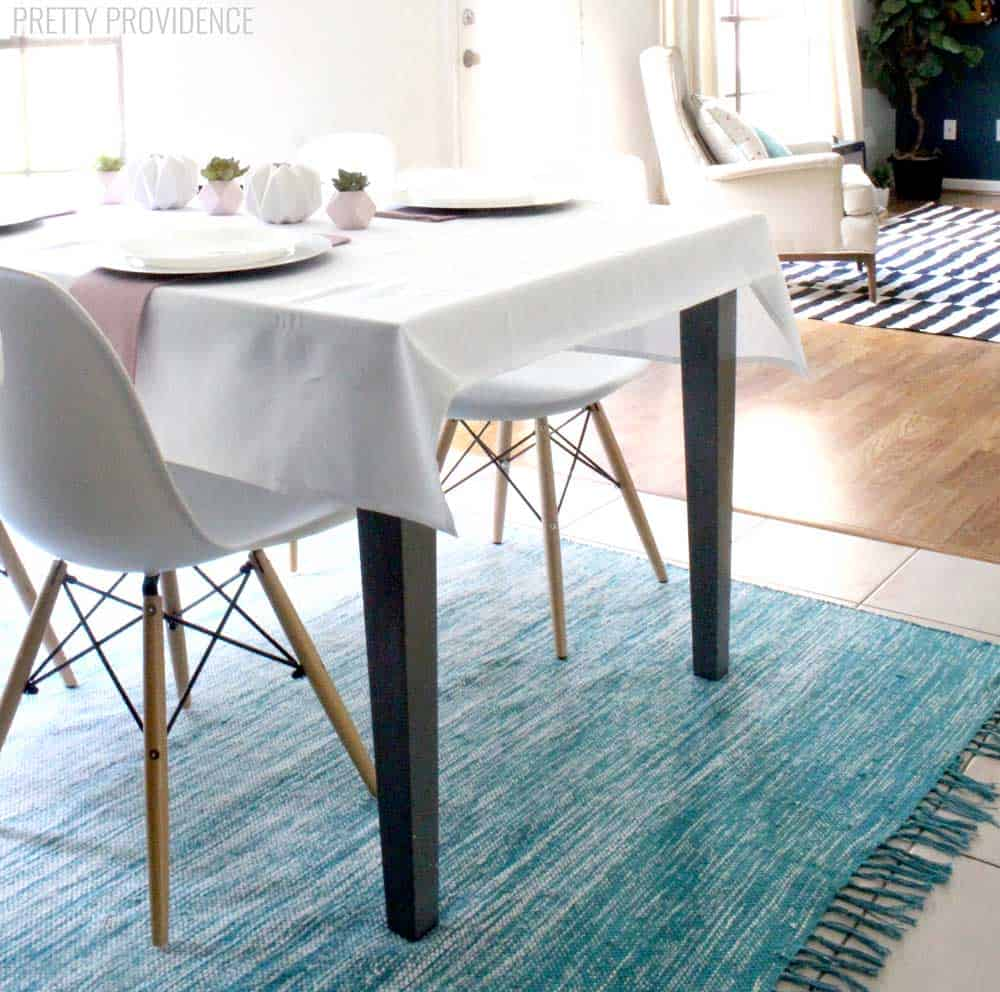 LOVE this dining room makeover! The details are simple but perfect - and inexpensive!