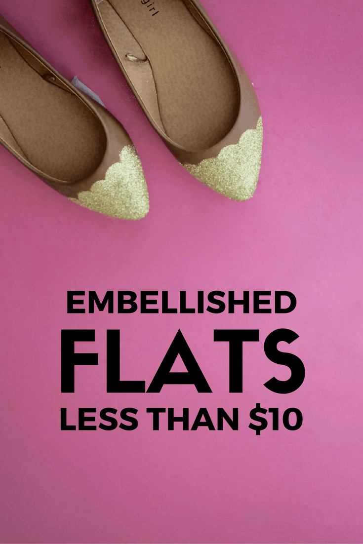 Cute DIY gold scalloped flats! Super easy and fun way to refresh your flats!